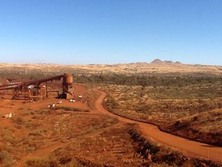 Yandi Mine - train loading facility