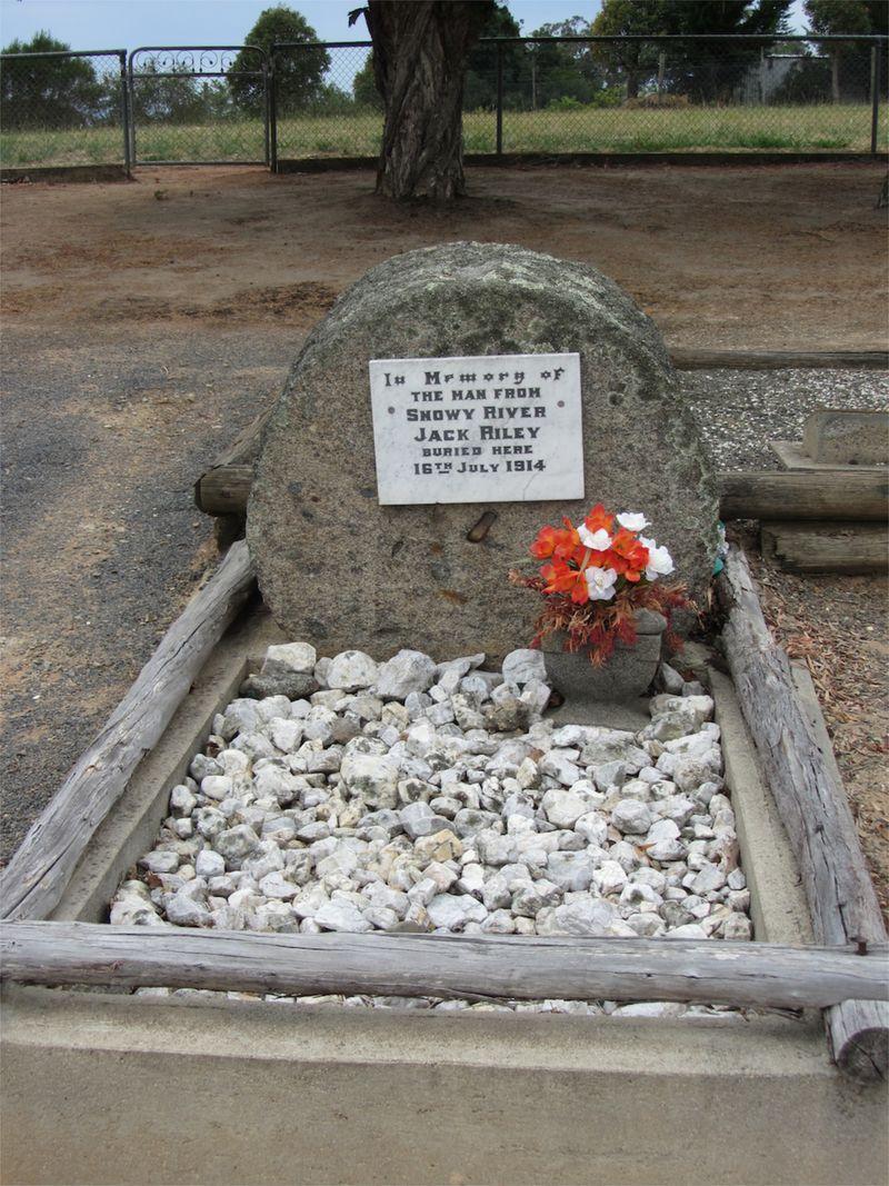 Jack Riley's Grave - 2
